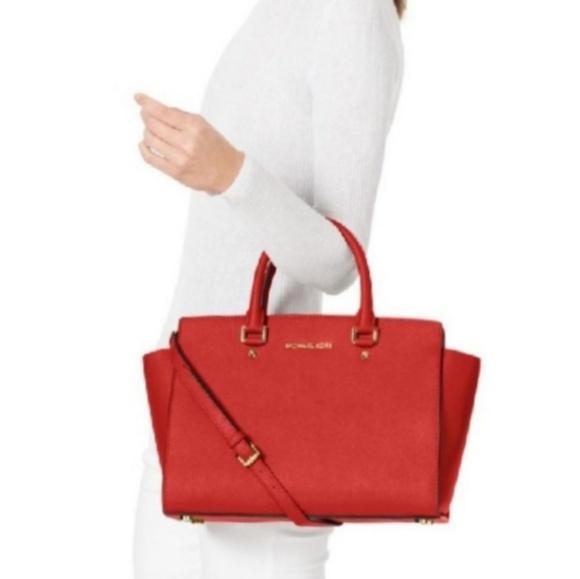 michael kors bags large discontinued selma satchel poshmark rh poshmark com